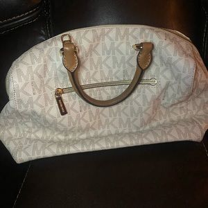 Michael Kors Other - White MK purse